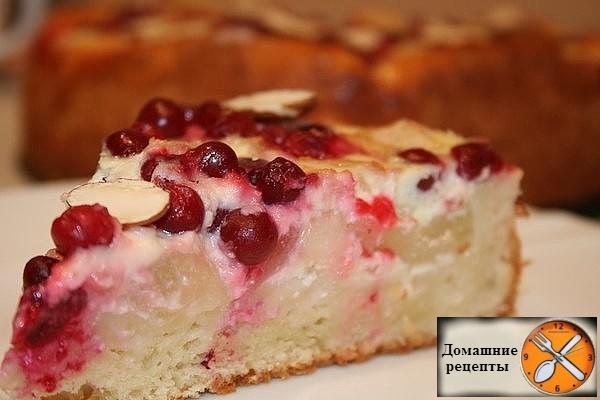 Творожный пирог с брусникой