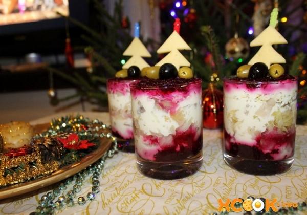 """Новогодняя """"Шуба в стакане"""""""