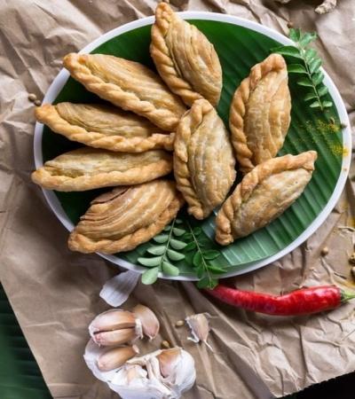 Азиатские жареные пирожки - карри паффы 9