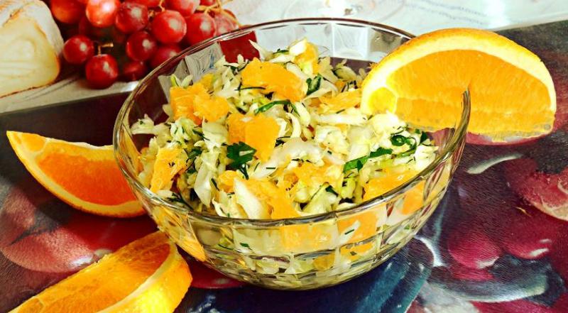 ТОП-5 улетных салатов из молодой капусты: даже гарнир не понадобится!