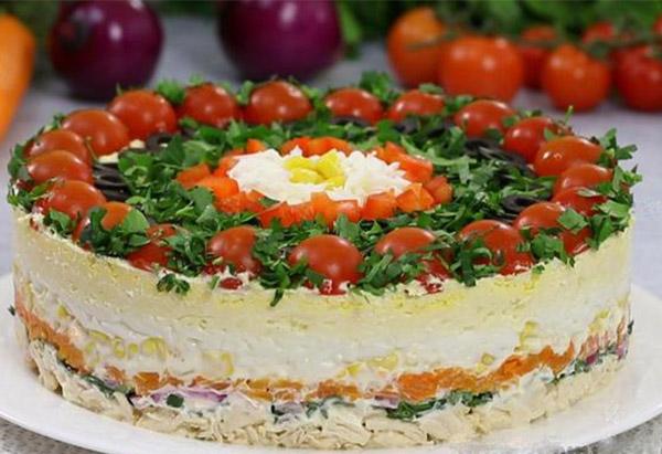 Подборка вкуснейших салатов на праздничный стол